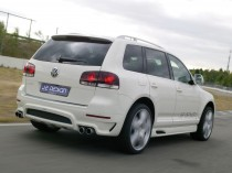2007-JE-Design-Volkswagen-Touareg-Rear-Angle-Speed-1280x960